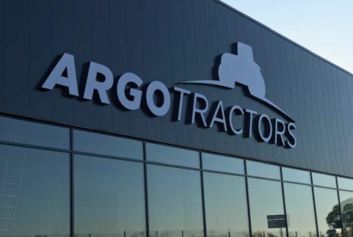 Enseigne Argo Tractor